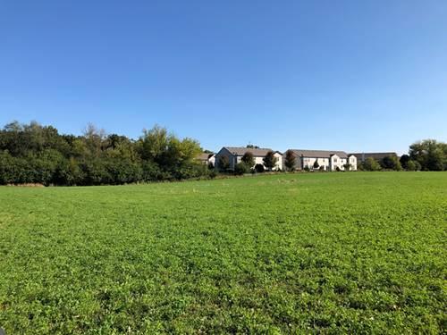 155 Clover Hill, North Barrington, IL 60010