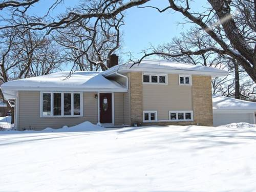 250 Vista, Lake Zurich, IL 60047