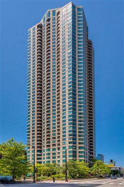 400 N La Salle Unit 2301, Chicago, IL 60610 River North