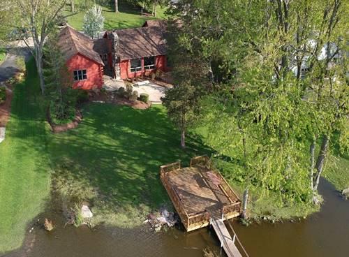 1102 Bayview, Fox River Grove, IL 60021