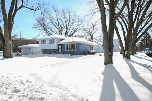 3901 N Lincoln, Westmont, IL 60559