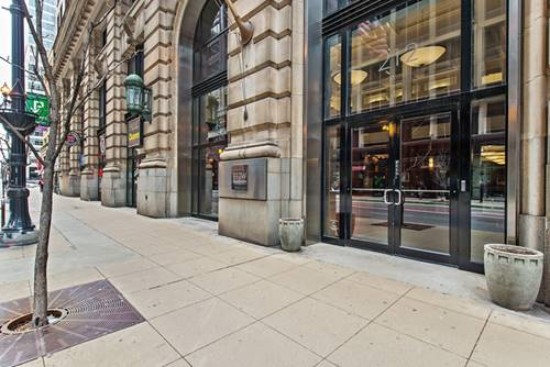 212 W Washington Unit 1709, Chicago, IL 60606 Loop