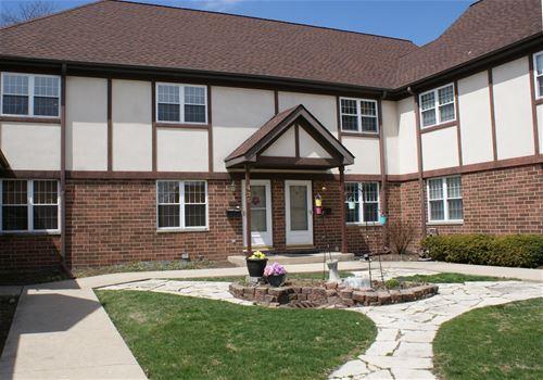 435 W St Charles Unit 435, Elmhurst, IL 60126