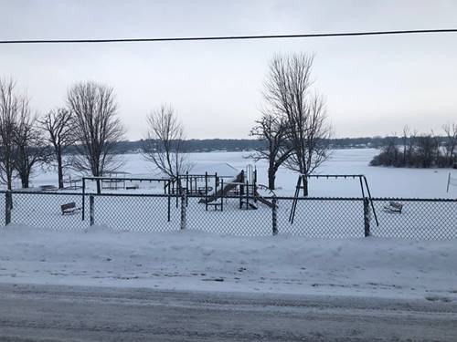 3316 E Lake Shore, Wonder Lake, IL 60097