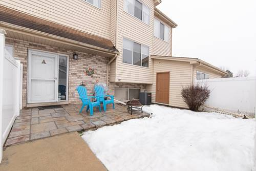 272 Park Ridge Unit 7-A, Aurora, IL 60504