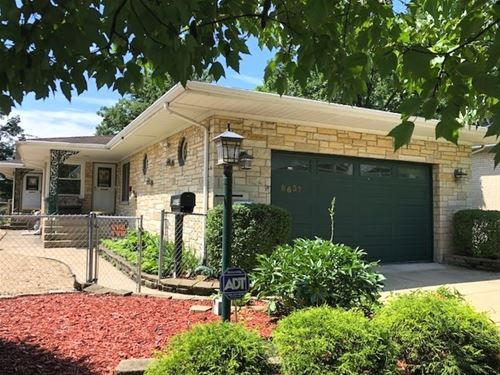 8637 Parkview, Brookfield, IL 60513