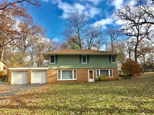 806 Hickory, Woodstock, IL 60098