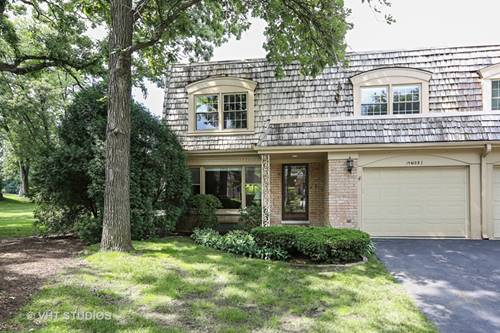 19W082 Avenue Barbizon, Oak Brook, IL 60523