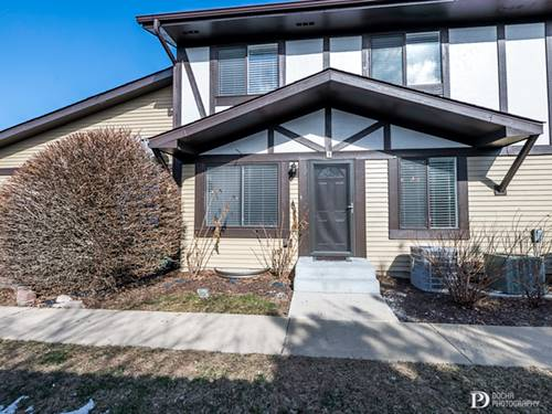 29W553 N Winchester Unit 3, Warrenville, IL 60555