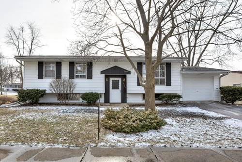 1707 Arrowhead, Bloomington, IL 61704