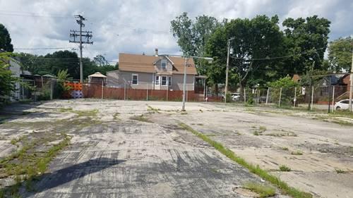 6104 W Roosevelt, Oak Park, IL 60304