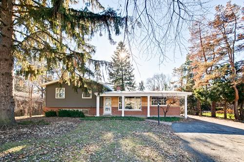 1405 W Hawthorne, Arlington Heights, IL 60005