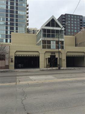 1212 N La Salle Unit 710, Chicago, IL 60610 Old Town