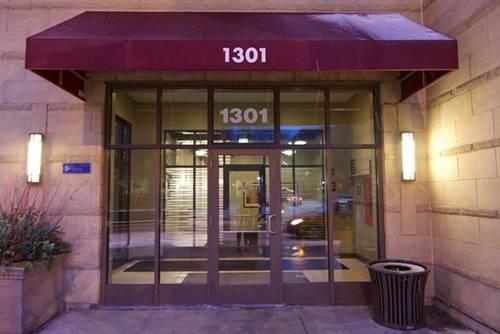 1301 W Madison Unit 211, Chicago, IL 60607