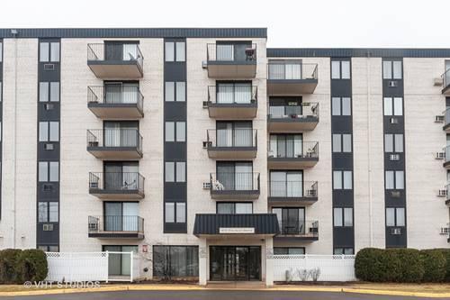 9737 N Fox Glen Unit 6M, Niles, IL 60714