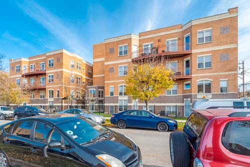 6015 N Mozart Unit 203, Chicago, IL 60659