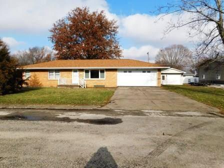 306 E Mirlynbeth, Fairbury, IL 61739