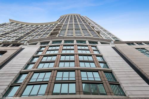 130 N Garland Unit 1309, Chicago, IL 60602 Loop