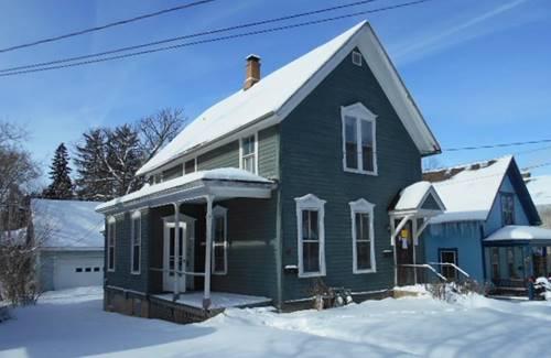 18 N Gifford, Elgin, IL 60120