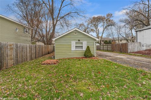 1034 Norfolk, Downers Grove, IL 60516