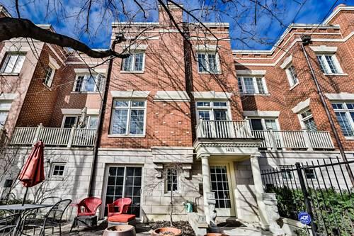 1432 W Wrightwood, Chicago, IL 60614 West Lincoln Park