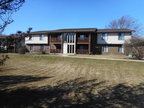 900 Garden Unit 3, Streamwood, IL 60107
