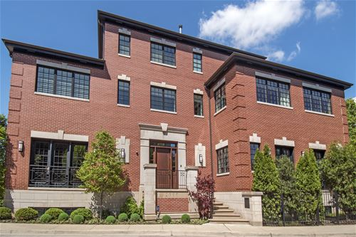 2900 N Hermitage, Chicago, IL 60657 Lakeview