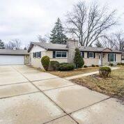 123 Fernwood, Glenview, IL 60025