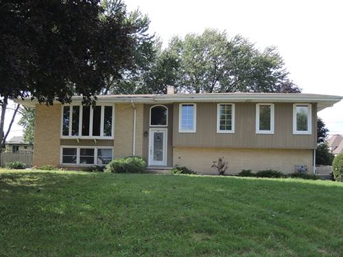560 Lincoln, Roselle, IL 60172