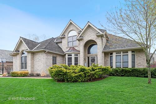611 Waters Edge, South Elgin, IL 60177