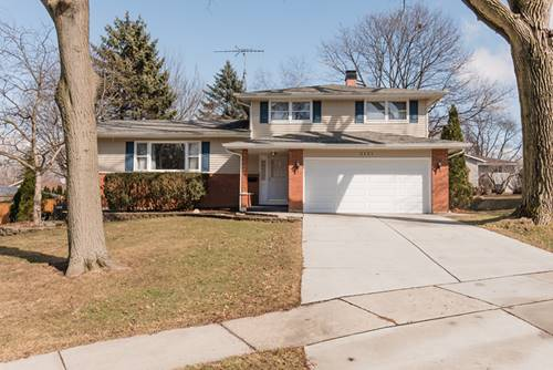 2121 Country Knoll, Elgin, IL 60123