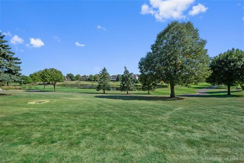 220 Boulder, Lake In The Hills, IL 60156