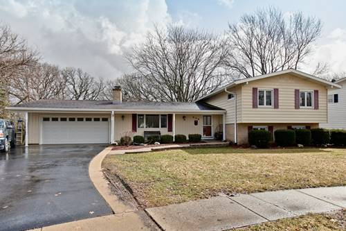 619 Aberdeen, Cary, IL 60013