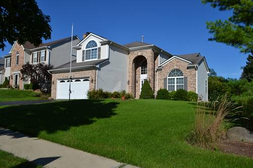1695 Whispering Oaks, West Chicago, IL 60185