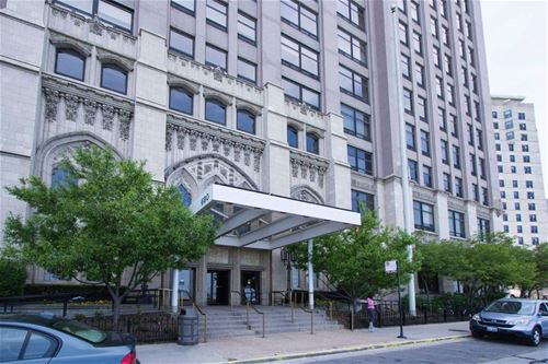 680 N Lake Shore Unit 1007, Chicago, IL 60611 Streeterville
