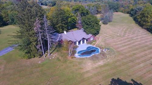 527 W Merri Oaks, Barrington Hills, IL 60010