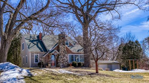 4614 E Lake Shore, Wonder Lake, IL 60097