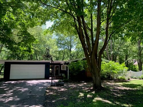 415 Warwick, Lakewood, IL 60014