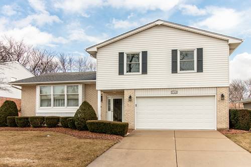 1723 N Dover, Arlington Heights, IL 60004