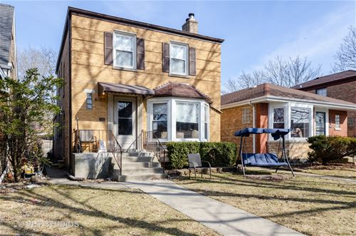 6707 N Sacramento, Chicago, IL 60645 West Ridge