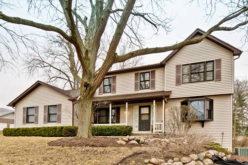 323 Carl Sands, Cary, IL 60013