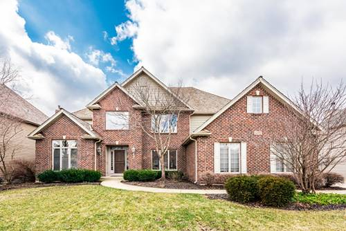 692 Waters Edge, South Elgin, IL 60177