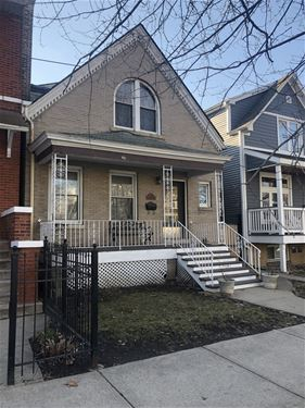 2910 N Richmond, Chicago, IL 60618 Avondale