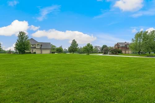 9411 N Muirfield, Lakewood, IL 60014