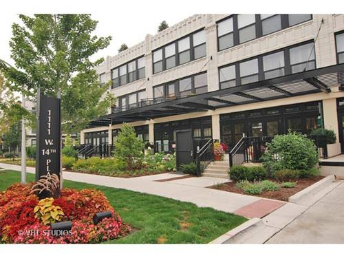 1111 W 14th Unit 318, Chicago, IL 60608 University Village / Little Italy