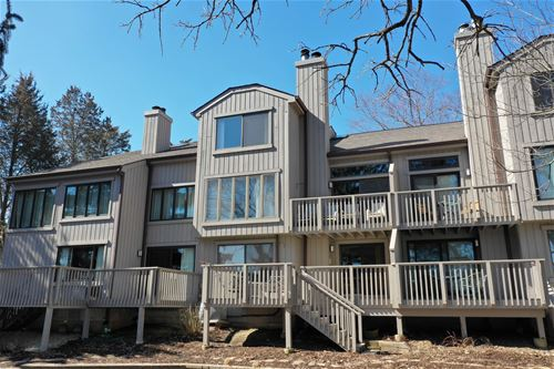 507 Shoreline, Lake Barrington, IL 60010