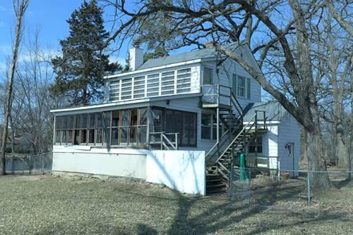 33855 N Lake Shore, Gages Lake, IL 60030