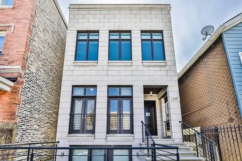 1937 W Superior, Chicago, IL 60622 East Village
