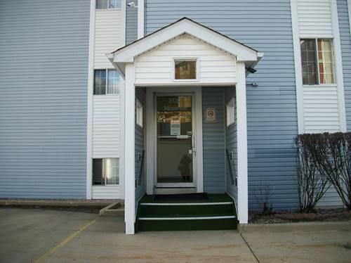 3130 W Monroe Unit 109, Waukegan, IL 60085