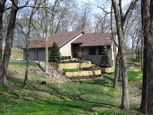 12763 Shawnee Crest, Roscoe, IL 61073
